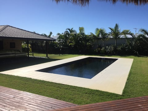 Yeppoon Beach House sleeps 8