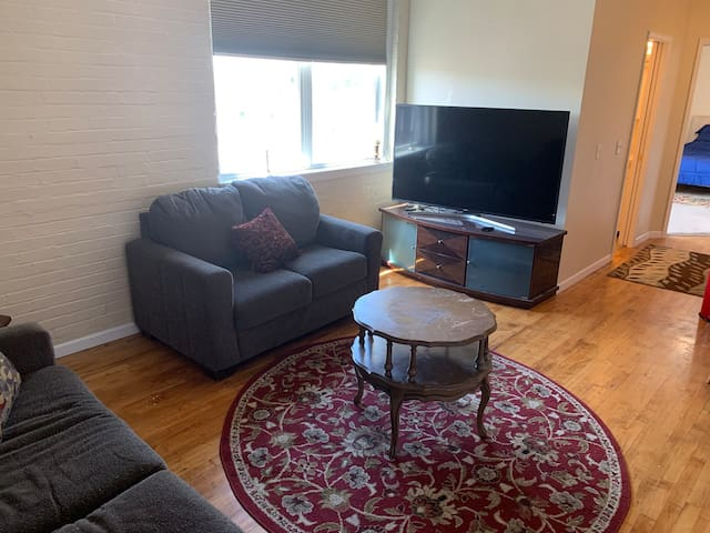 1 bed 1 bath in Downtown Jackson