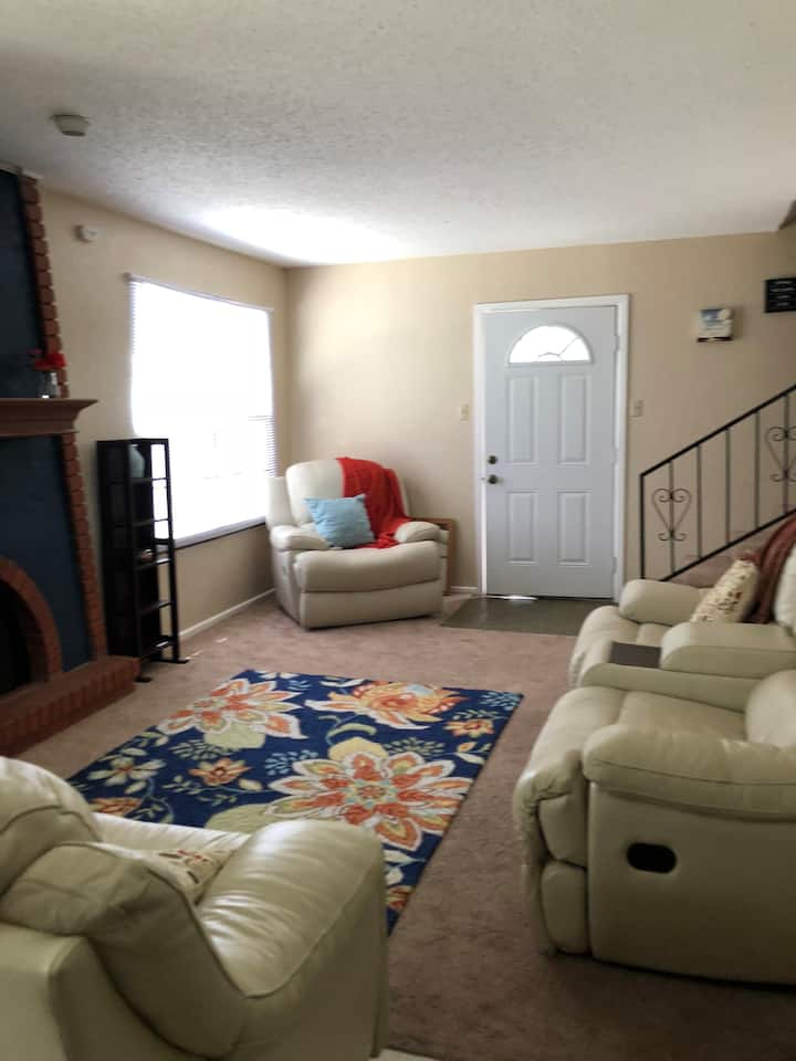 Nice apartment conveniently located