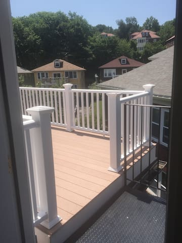 Entrance to deck from living room