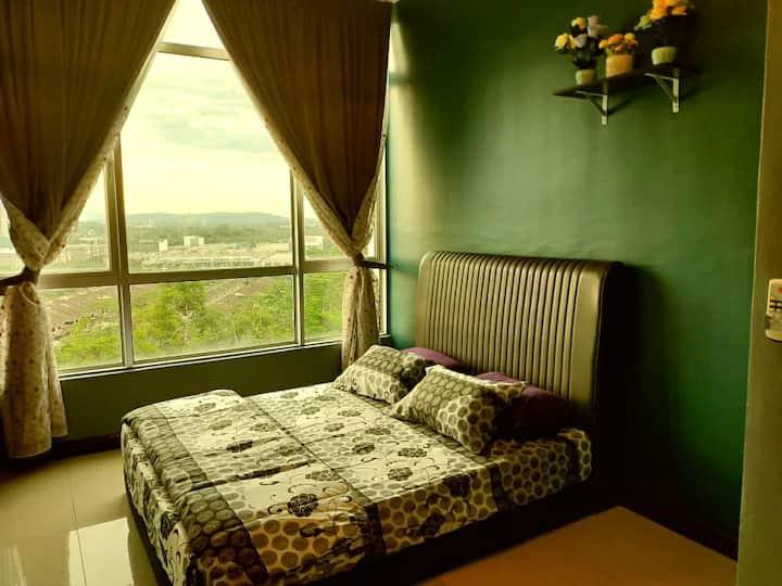 OreoHomestay (1 Room) Near Paradigm & Sutra Mall