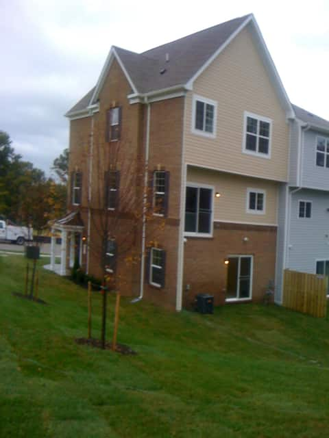 Long Term Private Bedroom & Bath close to DC