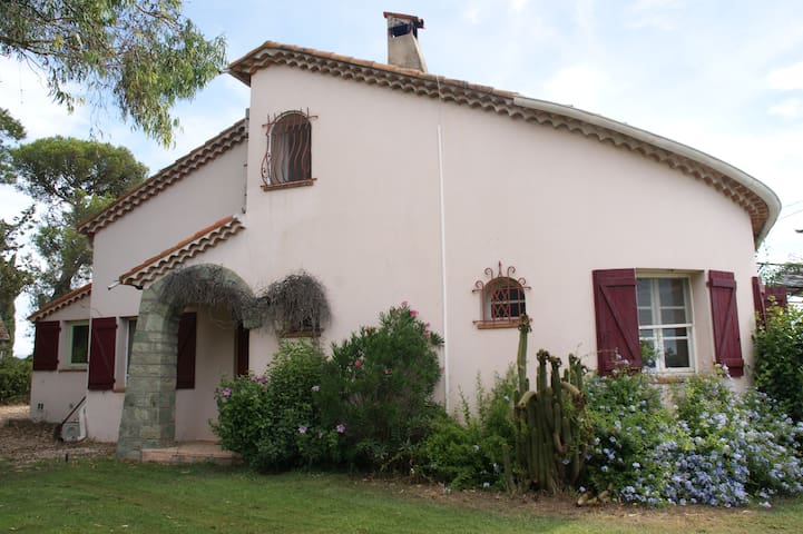 Large charming villa  for famillies/groups - 220m2 - Puget-sur-Argens
