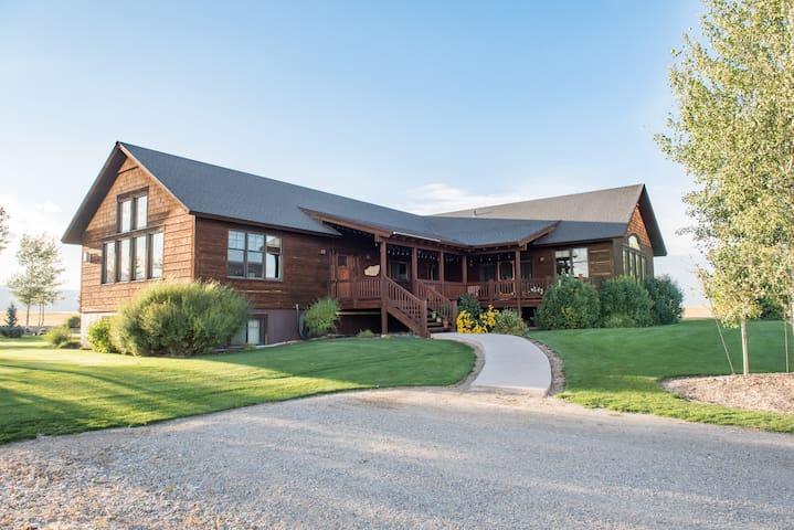 Teton Valley Oaktre Lodge Deluxe (Dbl Home)