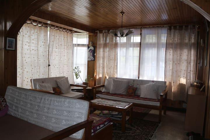Petrichor Darjeeling Homestay - Darjeeling - House