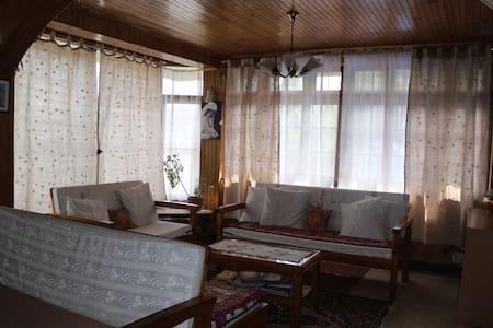 Petrichor Darjeeling Homestay - Darjeeling - Casa