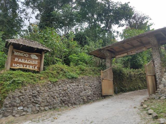 Main entrance to Mindo Paradise