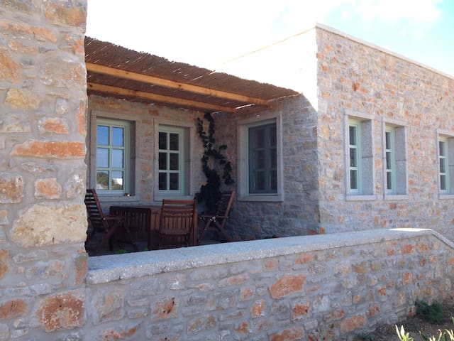 Rodies Villas (h5) Beautiful family house in Chora