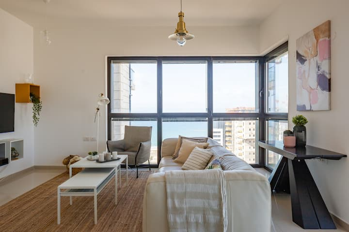 Luxury Tower Beach View, High Floor Breathtaking