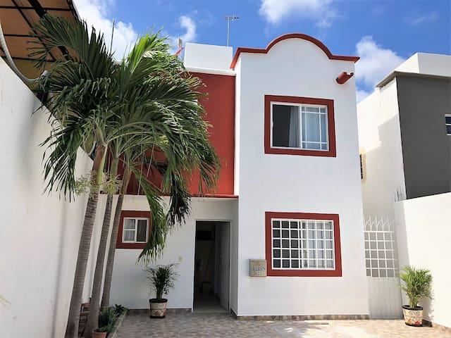 Casa recien reformada 3 recamaras - Bonampak