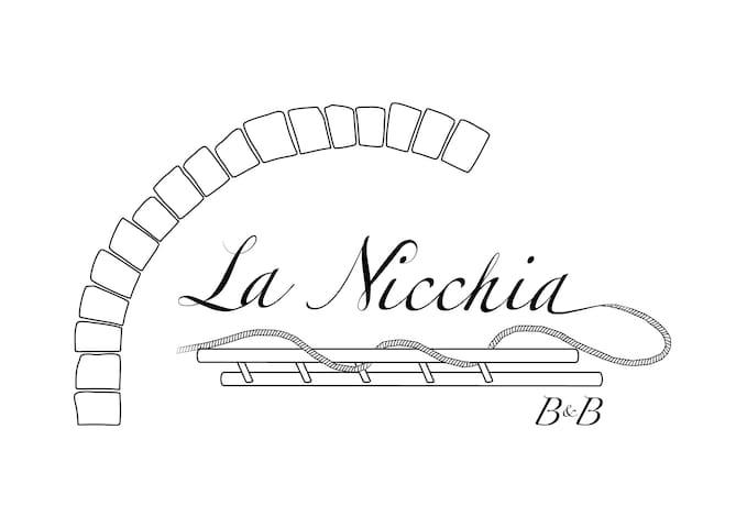 La Nicchia B&B - Camera Matrimoniale con Balcone