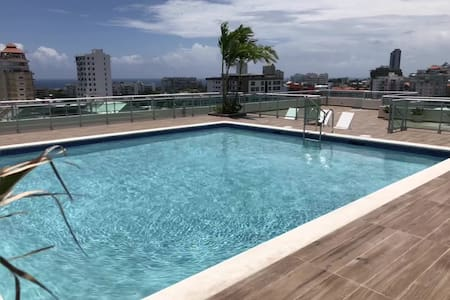 Luxury in Bella Vista with rooftop swimming pool !
