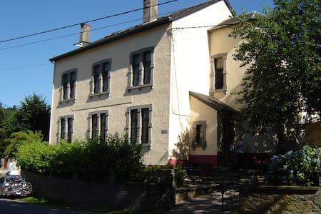 Vakantiewoning voor groepen tot 40p - Vresse-sur-Semois