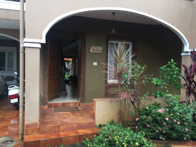 Candolim, Goa 3BR Luxury Villa
