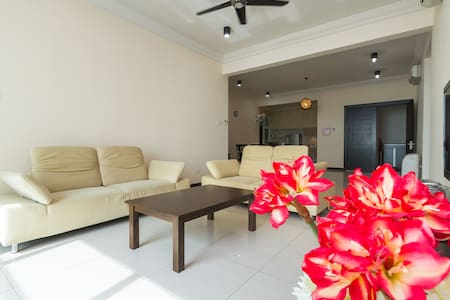 Residence Holiday & Home Stay - Tanjung Tokong - Condomínio