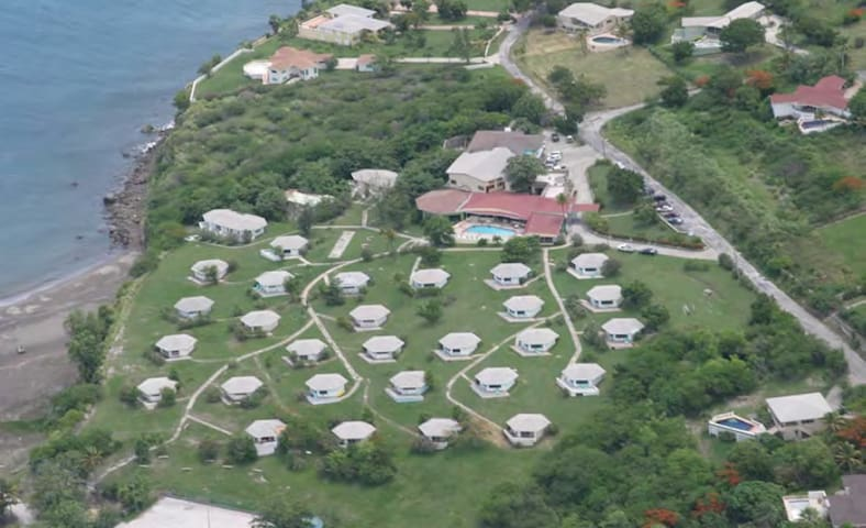 Vue Pointe Hotel