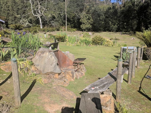 The fire pit is a great place to watch the stars and hear the wallabies scamper around