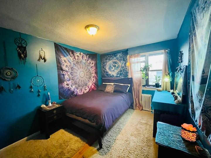 Goddess Room in Astoria Gem