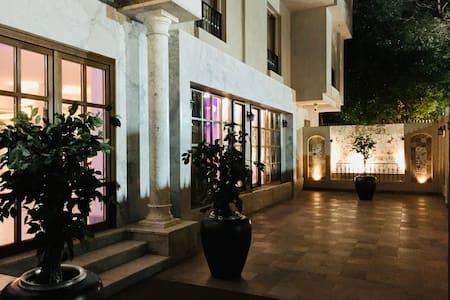 Villa Arabesque-Cleo-Pharaonic room with balcony