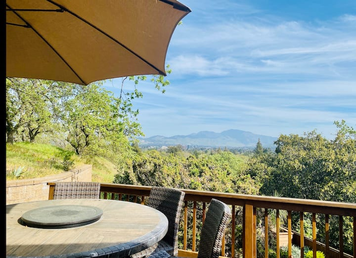 🌟Stunning view🌟 Hot Tub & BQ 🌟Secluded retreat 🌟