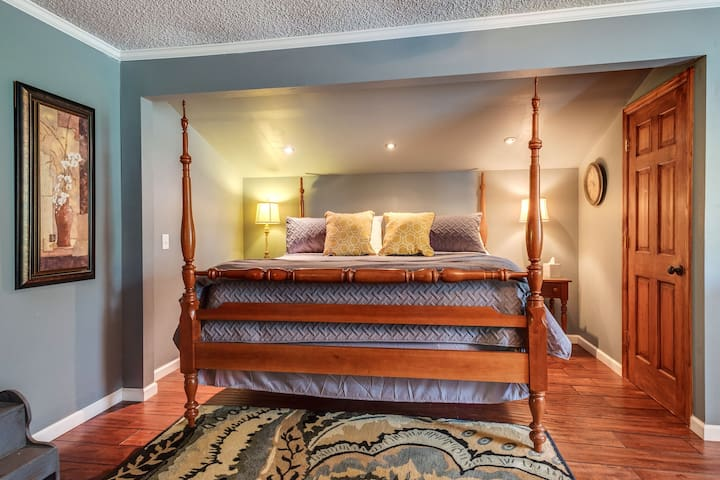 Soft sheets and comfy pillows.  Walk in closet .