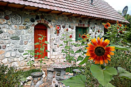 Authentic mountain homestay by Koman Lake