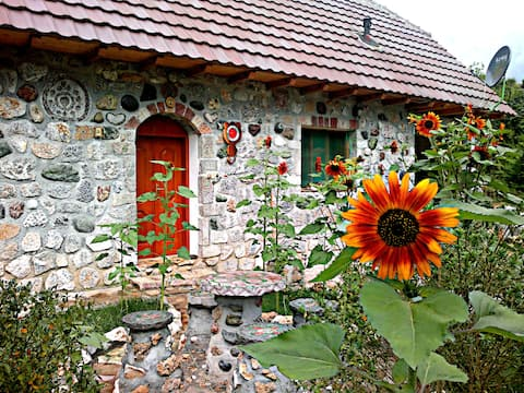Authentic mountain homestay by Koman Lake