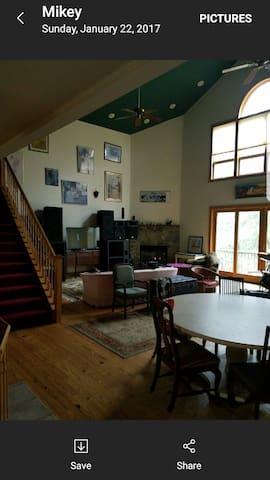 Scarlett  Room - Bishopville - Dom