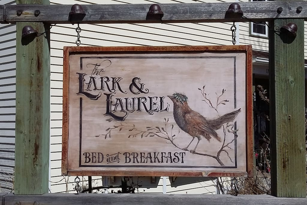 Laurel Montana Bed And Breakfast