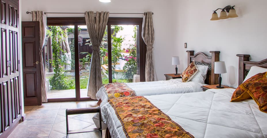 Beautiful 3BD + Terrace -Casa De Luna- - Antigua Guatemala - Villa