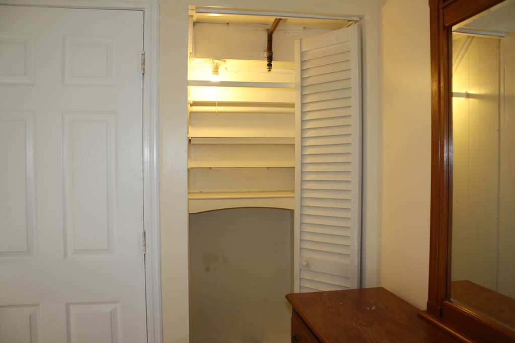 closet space to hang your clothes
