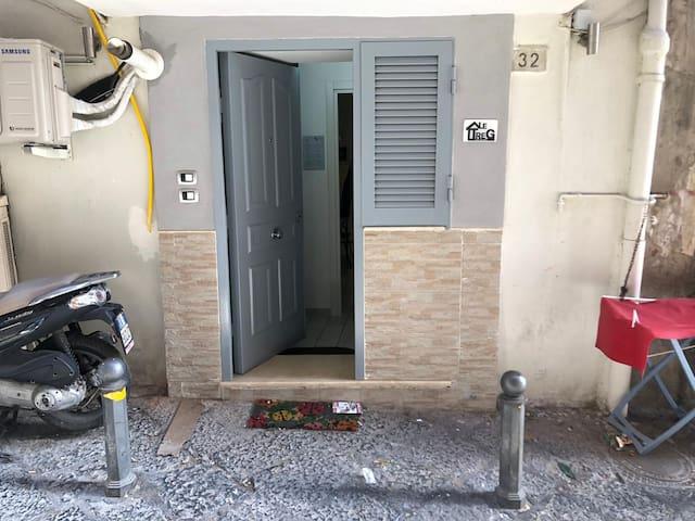 LE TRE G apartment in Chiaia