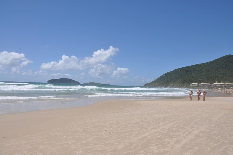 Praia do Santinho a mais limpa do Brasil.