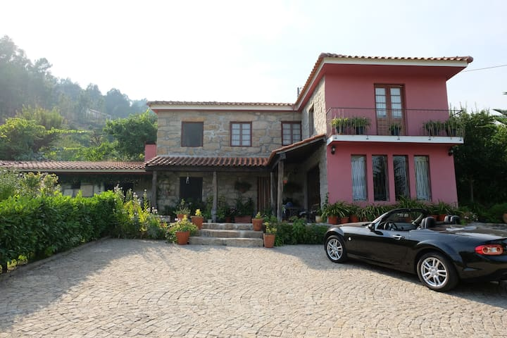 Douro Valley - Country house with swimming pool - Paredes de Viadores - Houten huisje