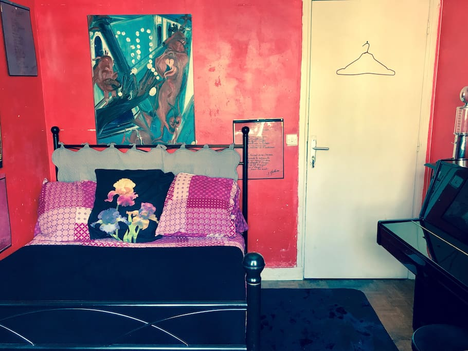 Chambre appartement d 39 artiste appartamenti in affitto a for Chambre d artiste