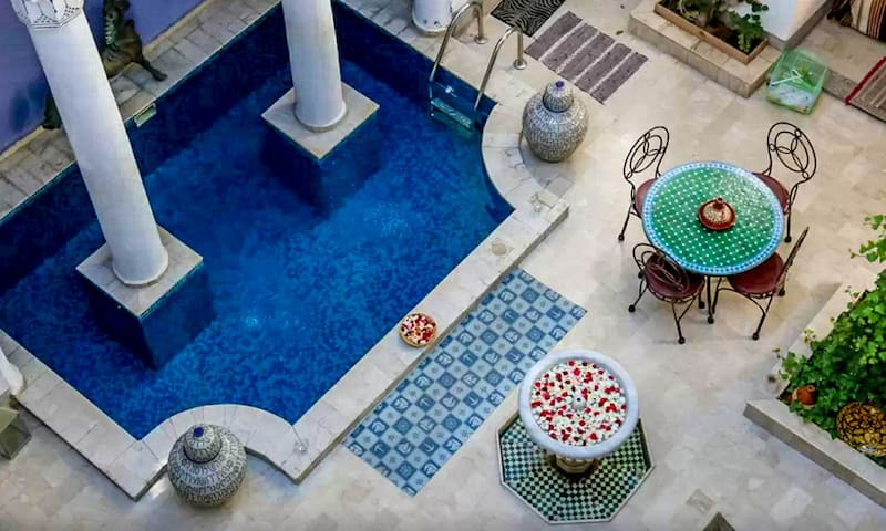 Riad MAKILA - Typical Moroccan Guesthouse - Pool