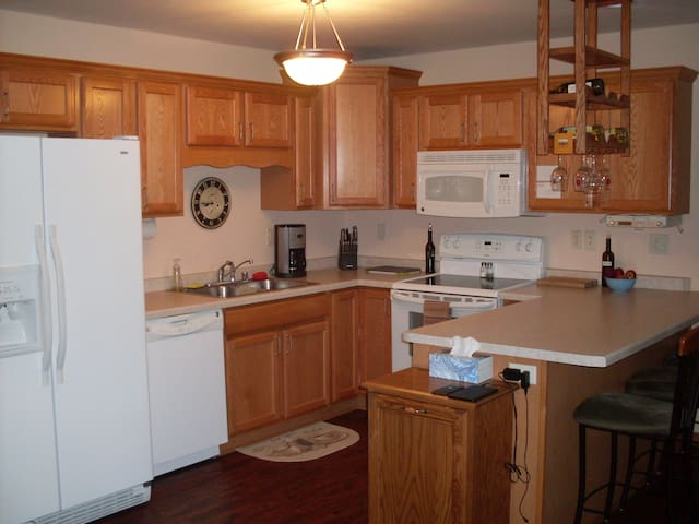 EAA Condo for rent - Oshkosh