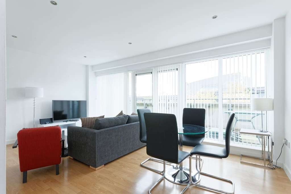 Lovely 2 Bedroom Apartment In Central Greenwich Apartments For Rent In London United Kingdom