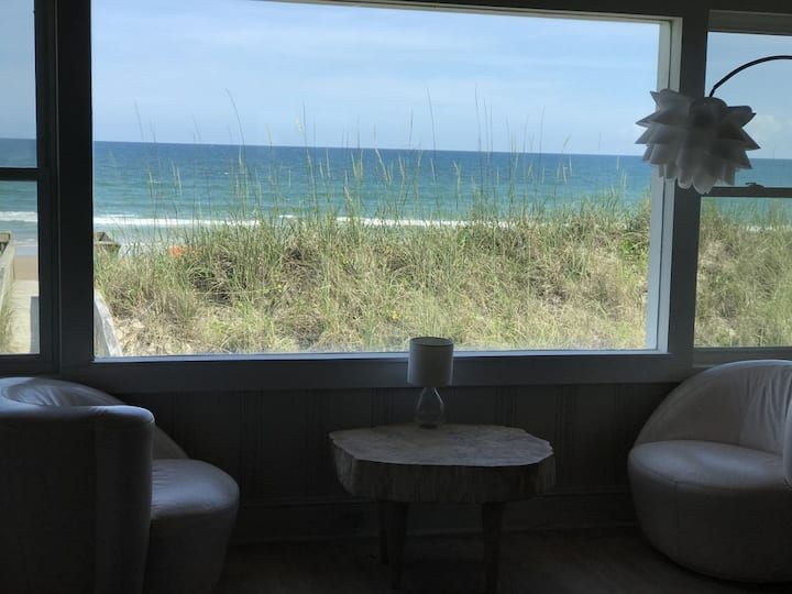 Adorable oceanfront house on Topsail Island