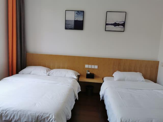 2*1.5的双床房