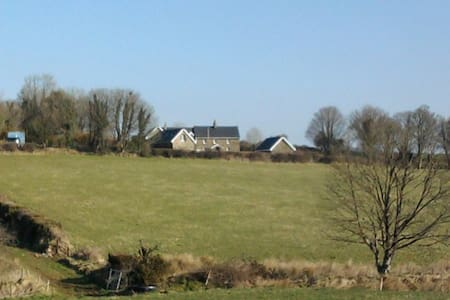 Beautiful Farmhouse - Templederry