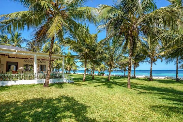 White House, beach  cottage