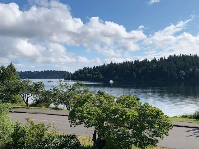 Gorgeous Seattle Lake House -2 Bedrm Pied-A-Terre
