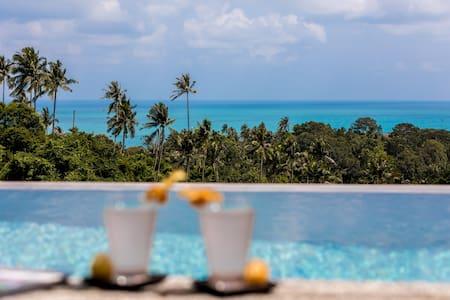 Viewpoint Hills Villa - 2 private pools
