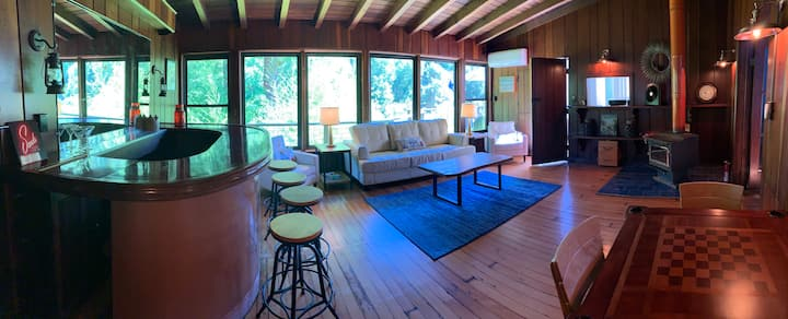 River House Retreat | On the Russian River!