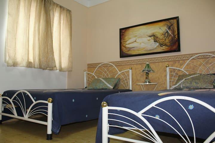 Hostal Baires rooms