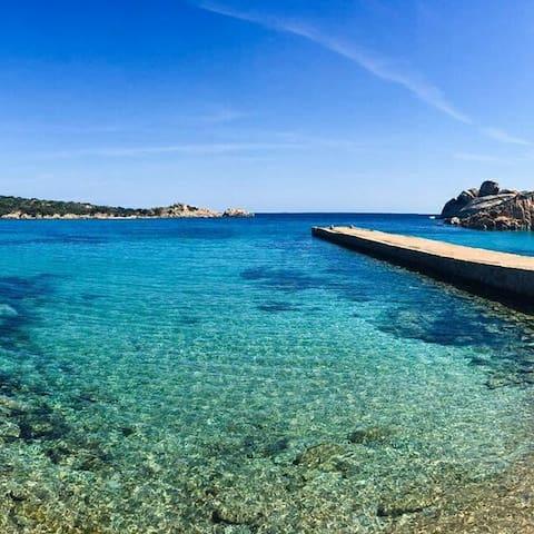 La Maddalena, bilocale a Spalmatore - Ла-Маддалена - Квартира