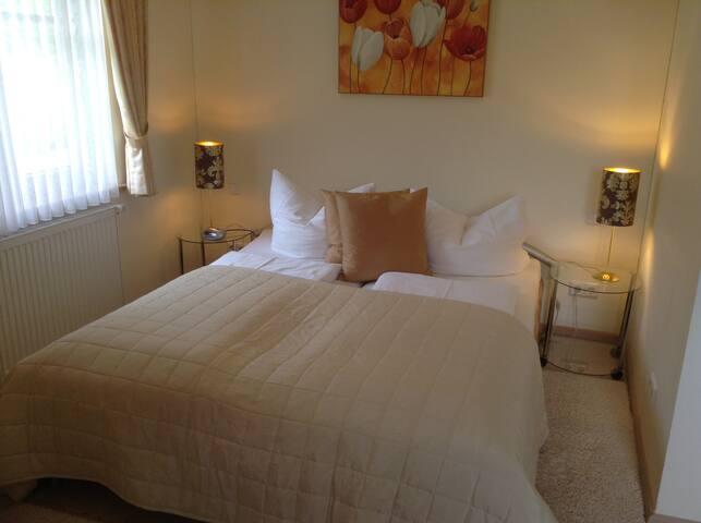 Appartement 3 - Schlafzimmer