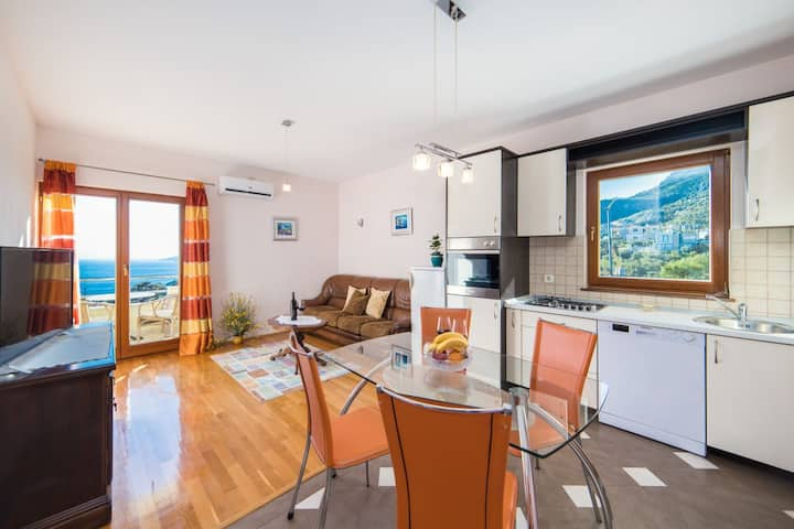 Biokovo apartment with 2 bedroom and sea view