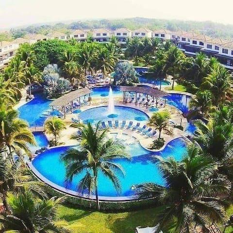 Villa Coral, en Playa Monterrico, para 9 personas